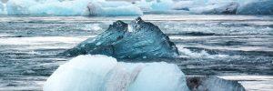 Eisberg im Wasser